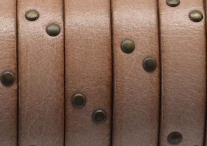 Grekiskt platt läderband 10x2mm, Natural/antikguld